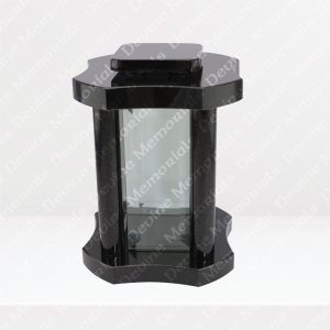 The-Peter-Lantern-1